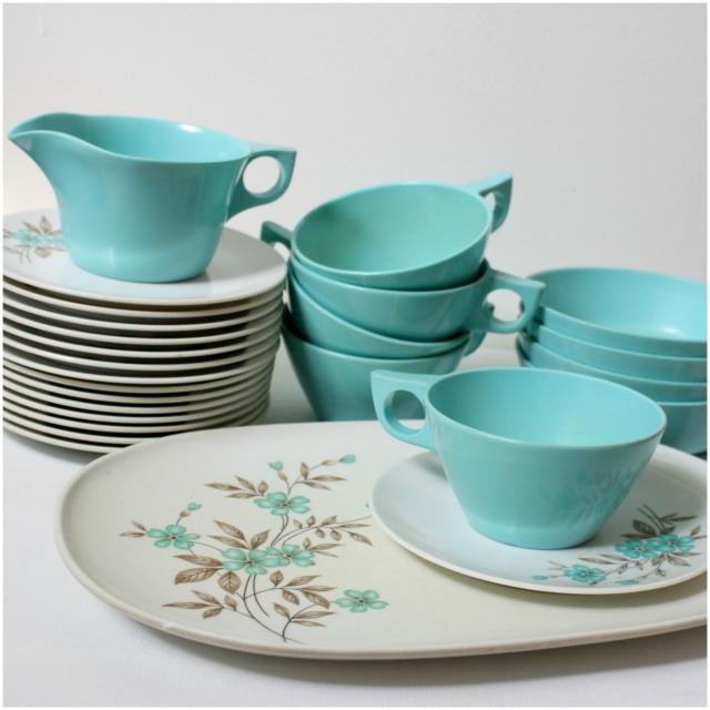 vintage melamine tea set platinumandrust.com