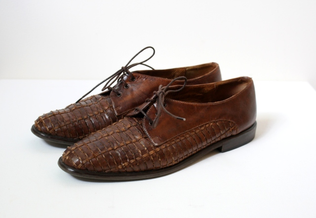 vintage woven oxfords